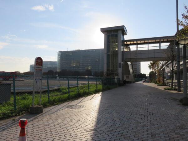 青海臨時駐車場 (船の科学館付近)